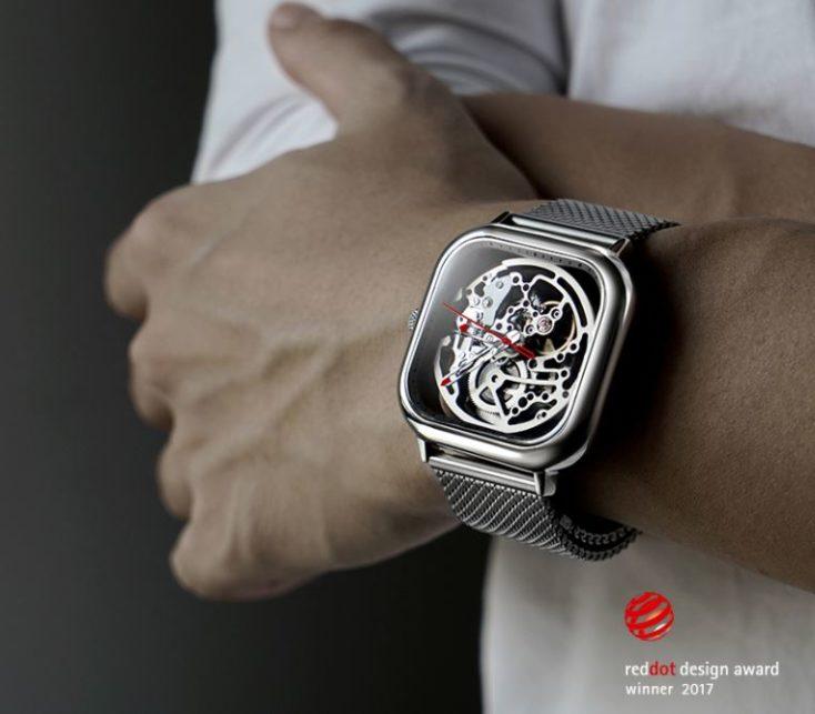 foto del reloj mecánico de Xiaomi