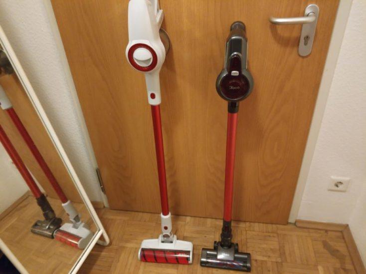 comparación de la Jimmy JY51 y de la Dibea C17. Las dos aspiradoras de pie contra la puerta