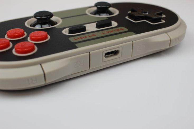 botones L1, L2, R1, R2y ranua USB del mando