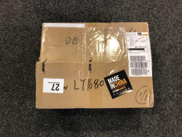 paquete donde nos llegó la impresora