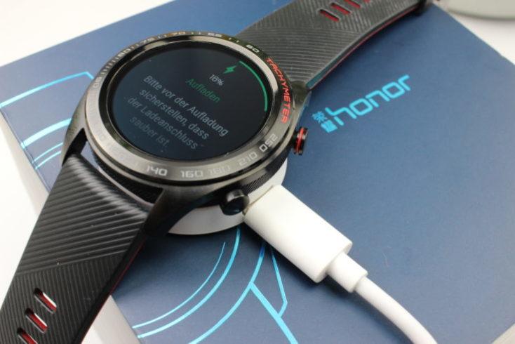 carga de la bateräia del smartwatch