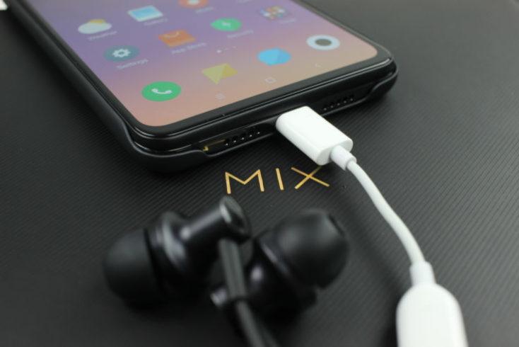 adaptador para los auriculares en el Mi Mix 3