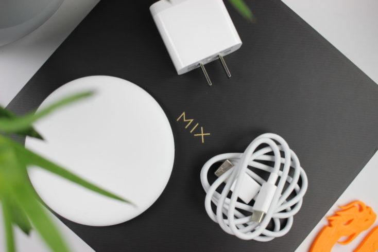 caja y accesorios del Mi Mix 3