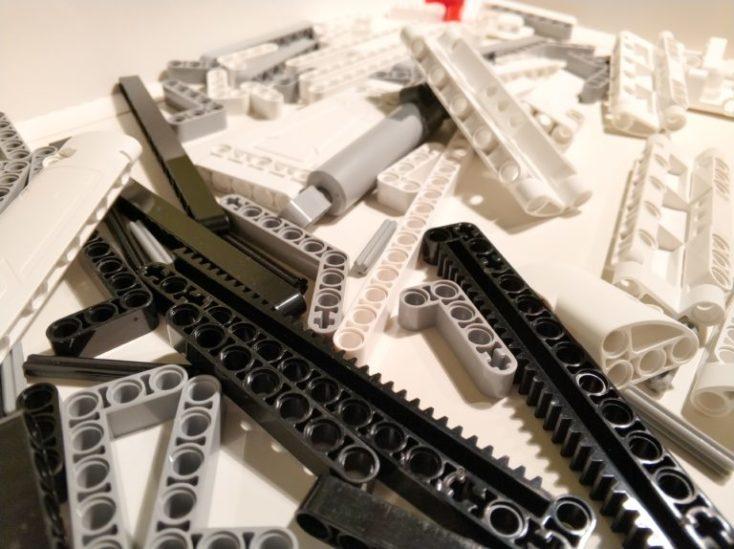 piezas de la grúa