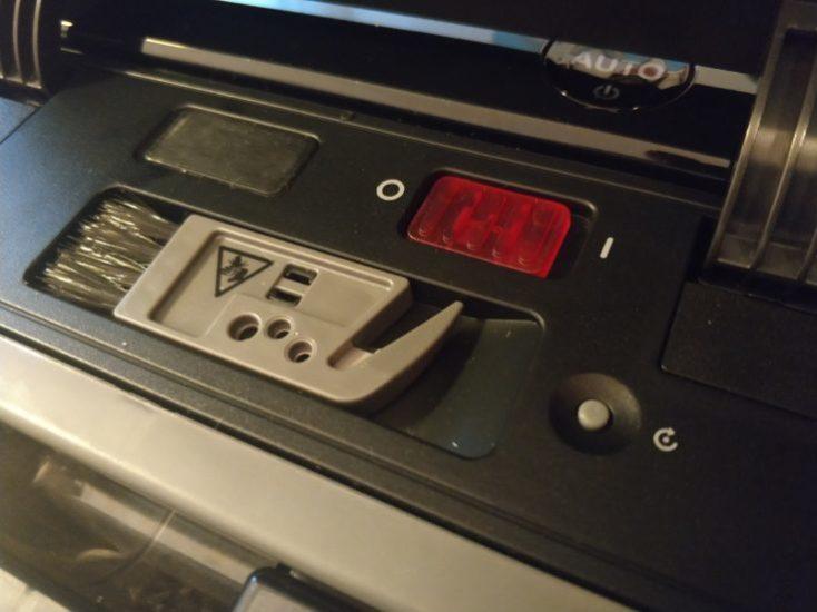 Botón de encendido del ECOVACS DEEBOT OZMO 930