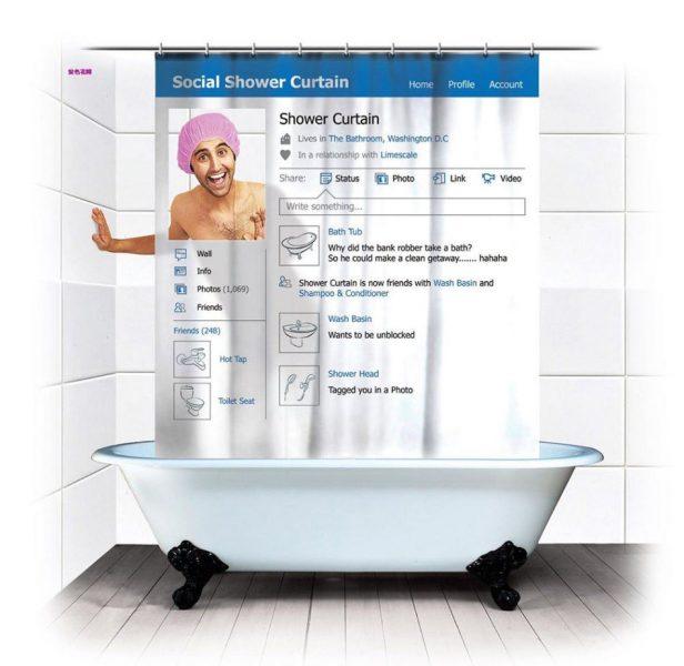 Cortina de ducha Social Shower, imitación de un perfil de Facebook