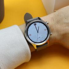 Ticwatch C2 en la muñeca