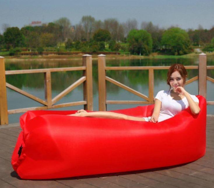 hamaca/ tumbona inflable en rojo