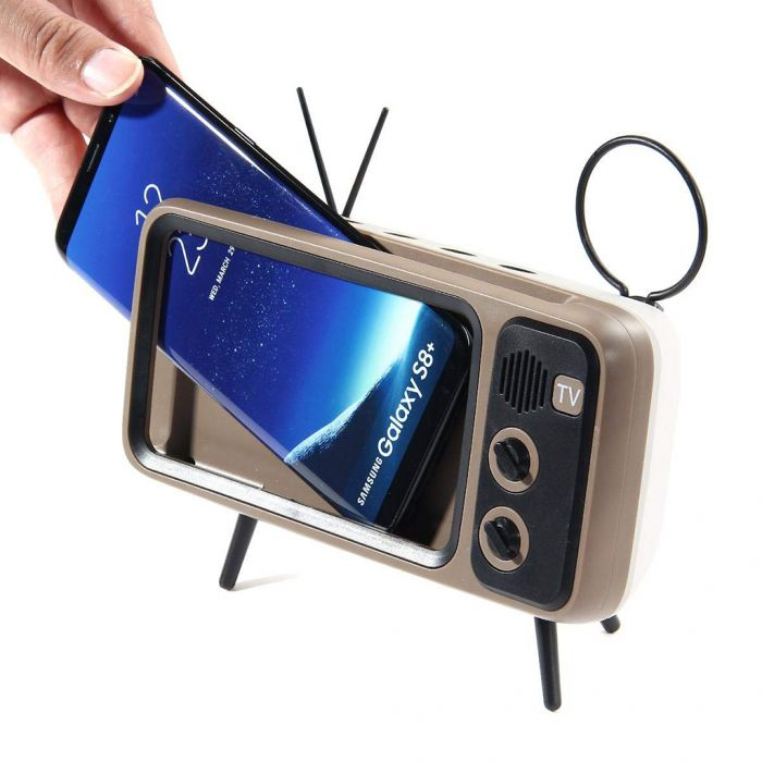 Altavoz y sporte para smartphones en forma de TV retro