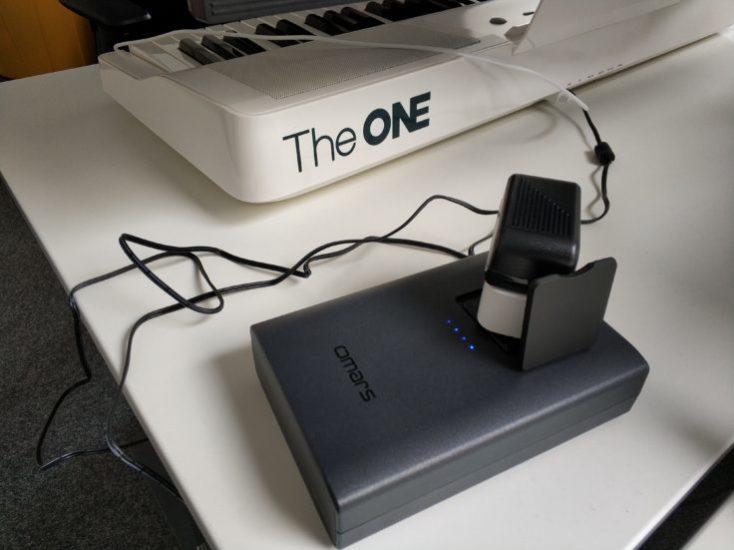 teclado funcionando con la batería externa Omars de 40200 mAh