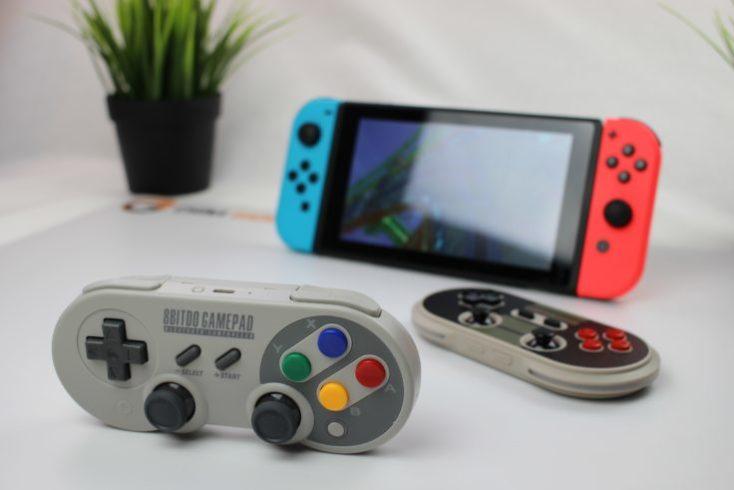 Mando inalámbrico 8Bitdo SF30 Pro y Nintendo Switch