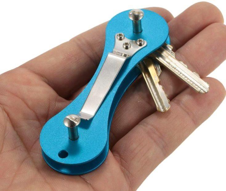 Organizador de llaves de aluminio en azul