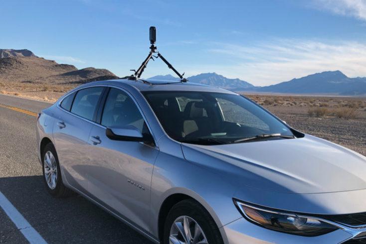 Pilot Era cámara 8K 360 Realidad Virtual en un coche