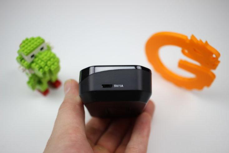 puerto USB de la funda de carga de los Tao Tronics TT BH052