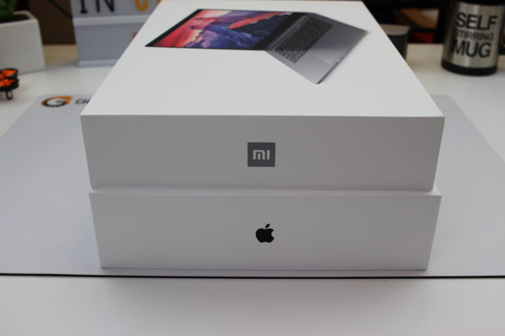 Cajas del Xiaomi Mi Notebook Pro y Macbook Pro