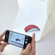 Sacando una foto a un ratón de portátil con el Estudio de fotografía portátil
