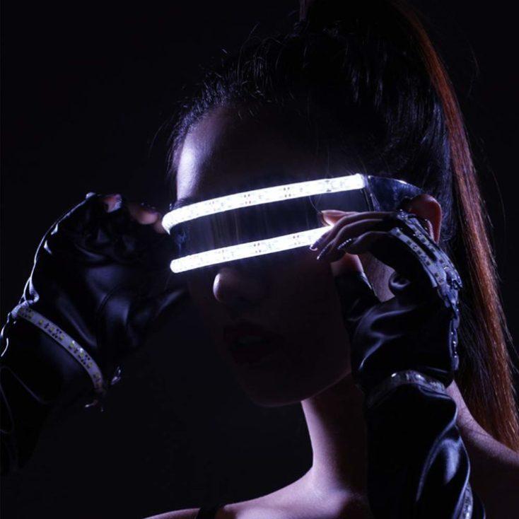 gafas LED en blanco