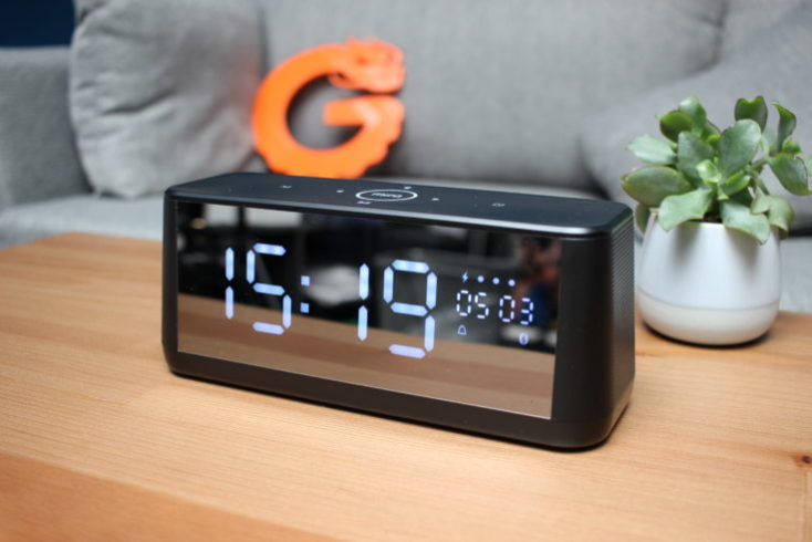 Reloj despertador y altavoz bluetooth MiFa A30