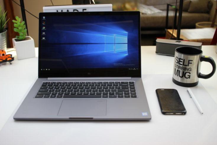 El Xiaomi Mi Notebook Pro en mi escritorio