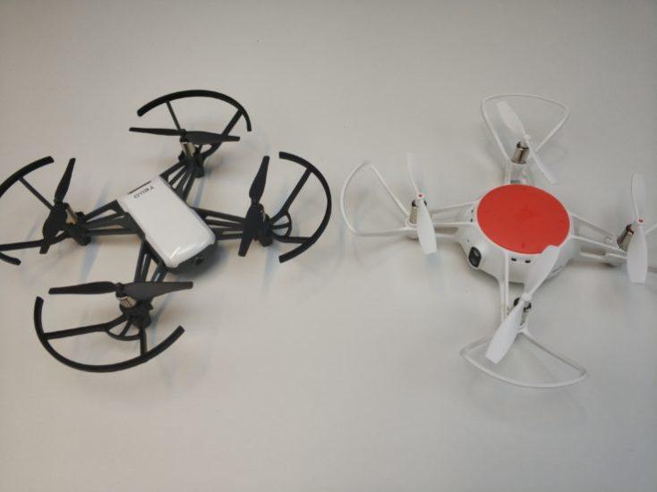 Drone Ryze Tello a la izquierda y Xiaomi Mitu a la derecha