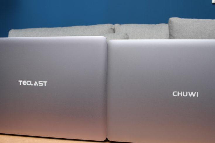 Notebook Teclast F7 Plus al lado del Notebook CHUWI LapBook SE vistos por detrás