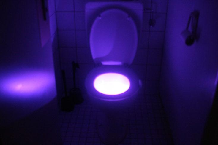 Luz LED para inodoro morada
