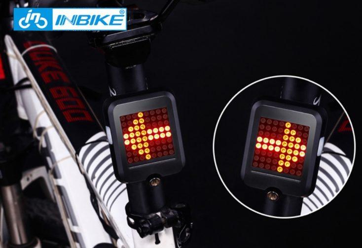 Flechas de dirección en la luz inteligente para bicicleta
