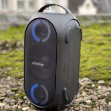 bluetooth Anker Soundcore Rave Mini con luces