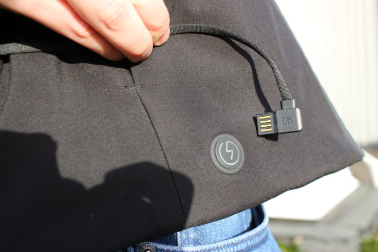 Conector USB de la chaqueta de plumas 90FUN con sistema de calefacción