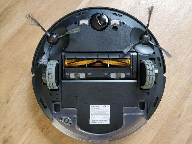 Ecovacs Deebot Ozmo 950 boca abajo