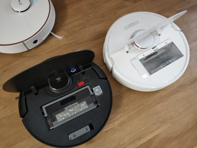 Ecovacs Deebot Ozmo 950 y Roborock S6 con las tapas abiertas