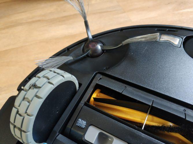 Rueda y cepillo lateral del Ecovacs Deebot Ozmo 950