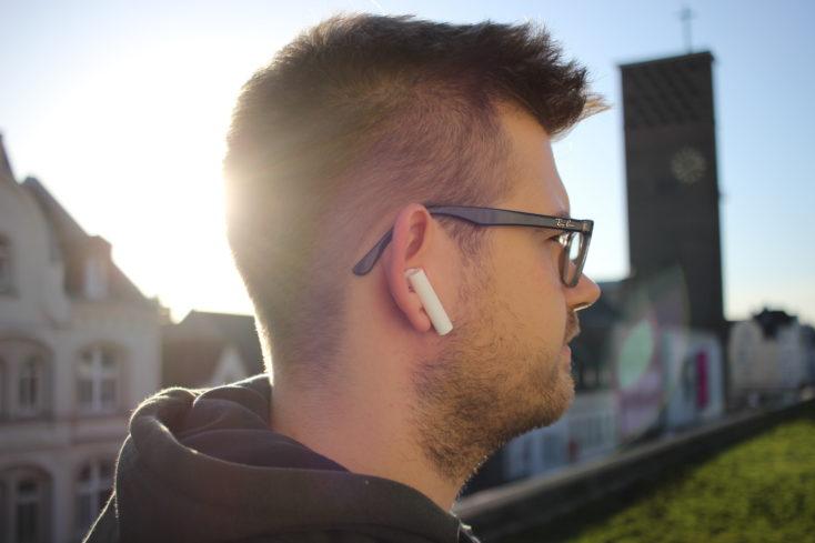 Xiaomi Mi Airdots Pro 2 en la oreja