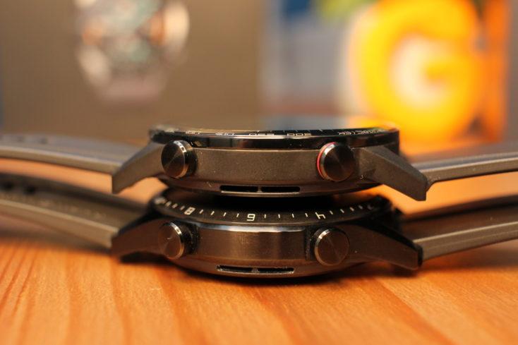 Smartwatch Honor MagicWatch 2 encima del Huawei Watch GT 2