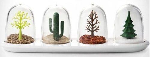 Set de botes de especias con plantas
