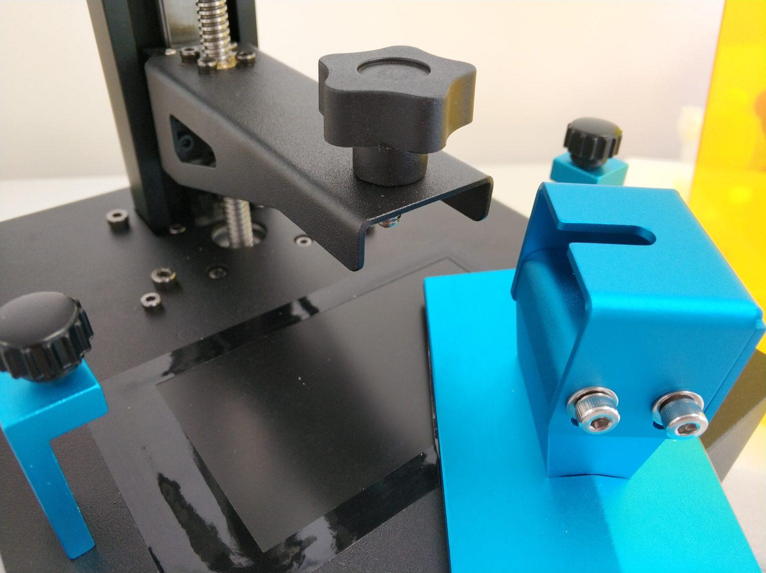 Suspensión de la plataforma de impresión de la Anycubic Photon Zero