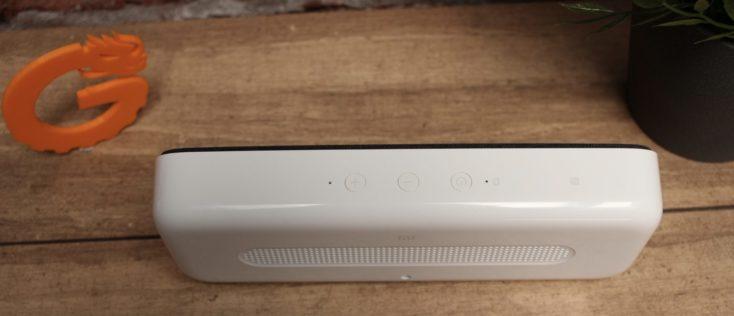 Botones del altavoz bluetooth Xiaomi con carga inalámbrica Qi