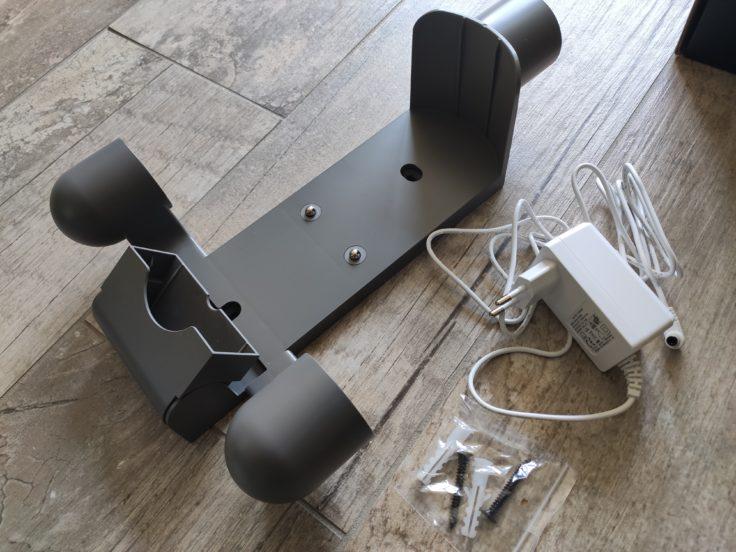 Soporte de pared y cargador de la aspiradora inalámbrica Dreame V11