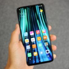 Redmi-Note-8-Pro-Smartphone-Pantalla-en-la-mano-800x533