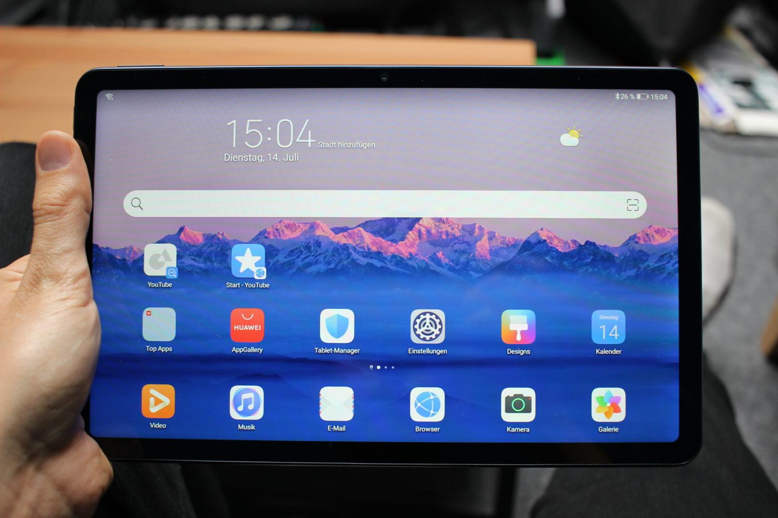 Pantalla del la Tablet Huawei Matepad en la mano