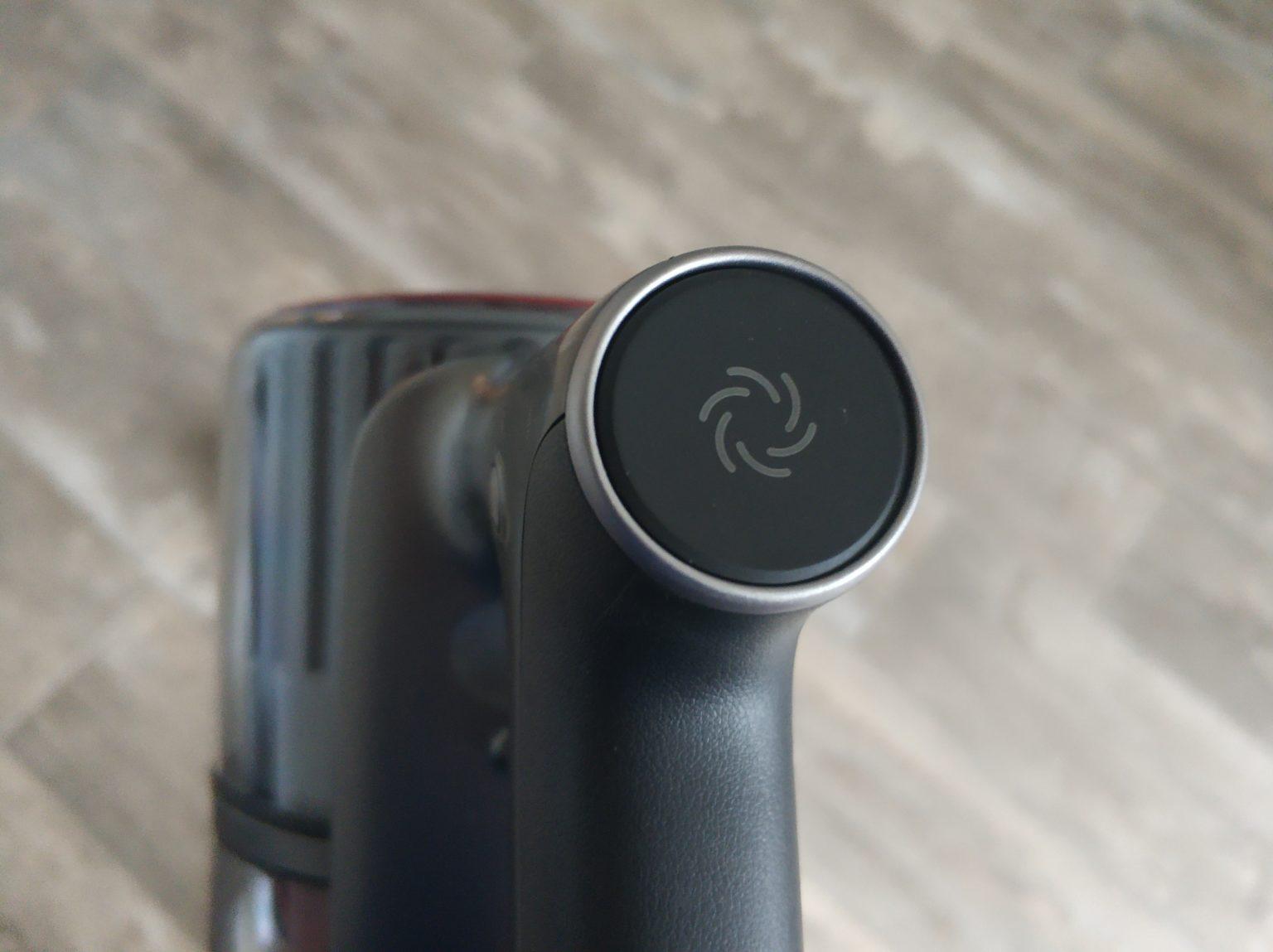 Boton para cambiar el nivel de succion de la aspiradora inalámbrica Roborock H6