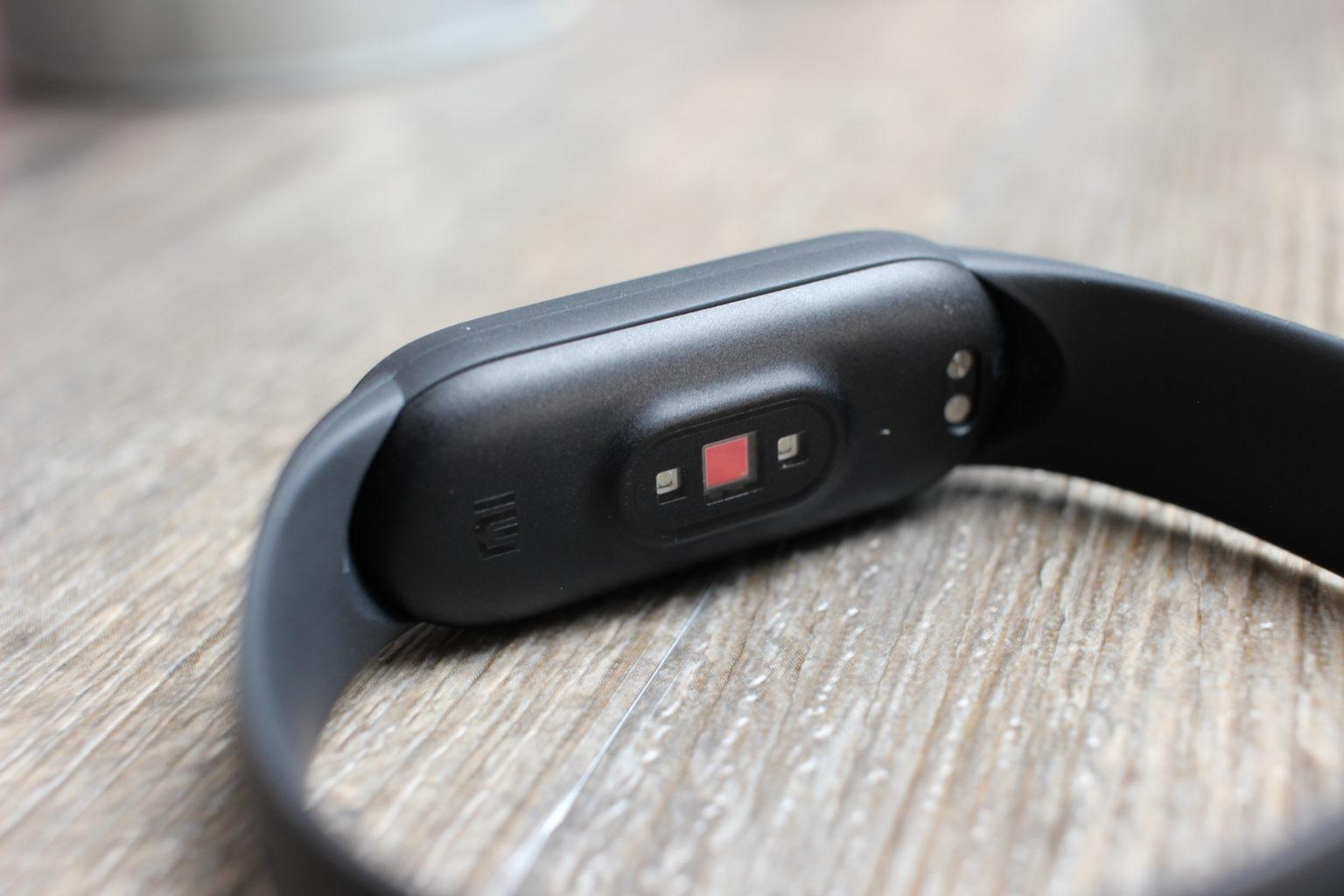 Sensores en la parte inferior de la Xiaomi Mi Band 5